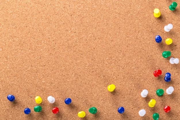 Pin board textura para fundo e pinos coloridos