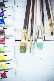 Pincéis de pintura do artista