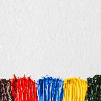 Pinceladas de tintas brilhantes