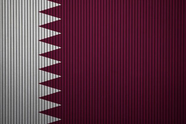 Pintado a bandeira nacional do qatar em uma parede de concreto