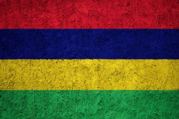 Pintou a bandeira nacional da maurícia em uma parede de concreto