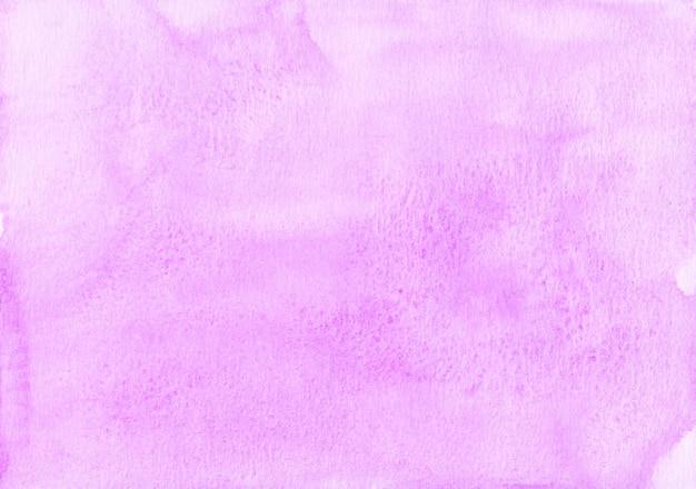 Pintura de fundo fúcsia em aquarela pastel. pano de fundo líquido aquarela cor rosa claro. manchas em papel texturizado.