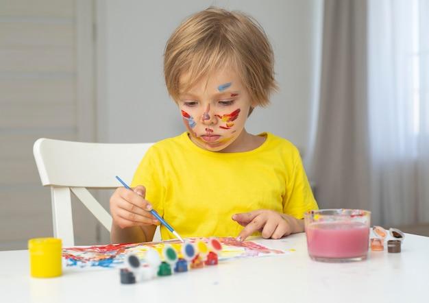 Pintura de retrato menino