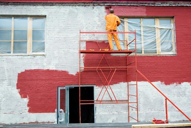 Pintura em vermelho