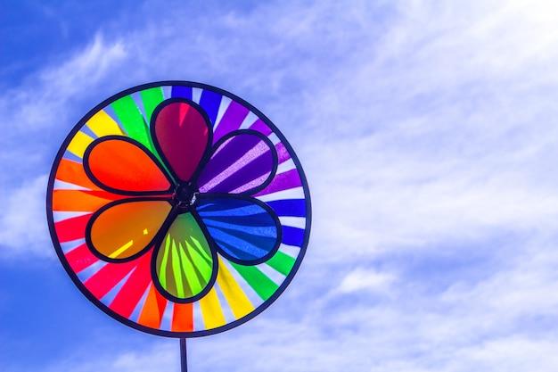 Pinwheel de giro do orgulho do lgbt do arco-íris.
