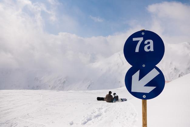 Pista de esqui nos alpes