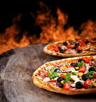 Pizza caseira tradicional pronta para comer