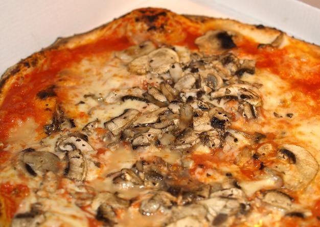 Pizza de cogumelo