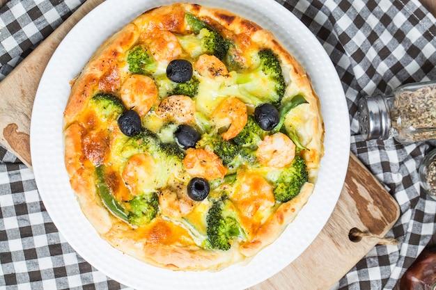 Pizza de frutos do mar, pizza de camarão Foto gratuita