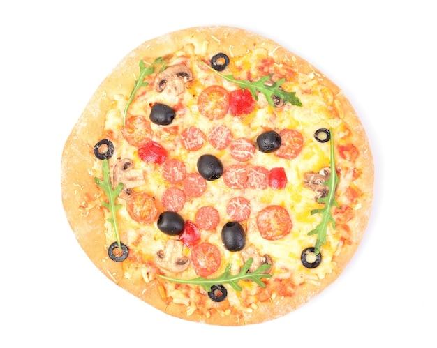 Pizza em um fundo branco
