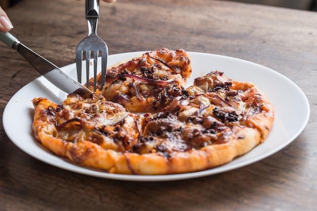 Pizza frango com cogumelos