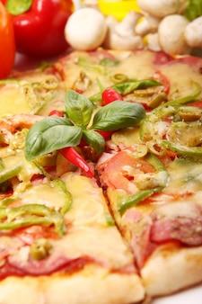 Pizza fresca e saborosa