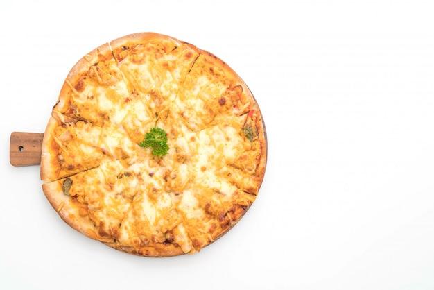 Pizza grelhada de frango com molho de mil ilhas