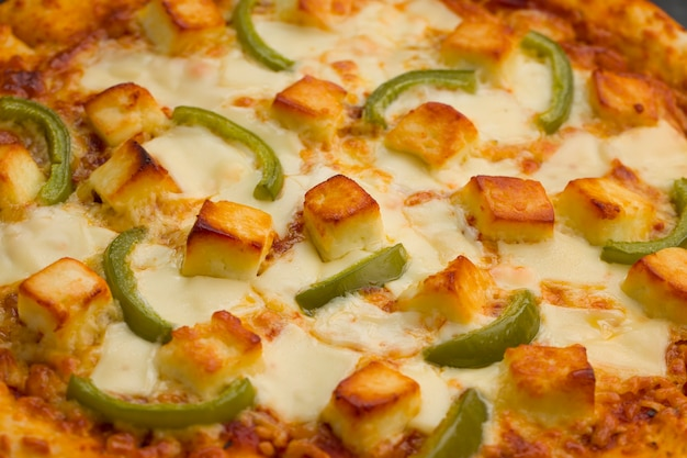 Pizza paneer makhani feita em casa deliciosa pizza
