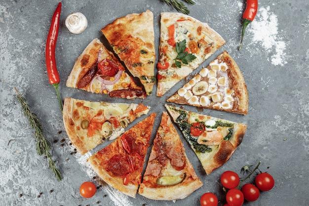 Pizza suculenta com 8 peças e deliciosos recheios.