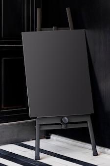 Placa de cavalete em tela preta para casamentos e eventos