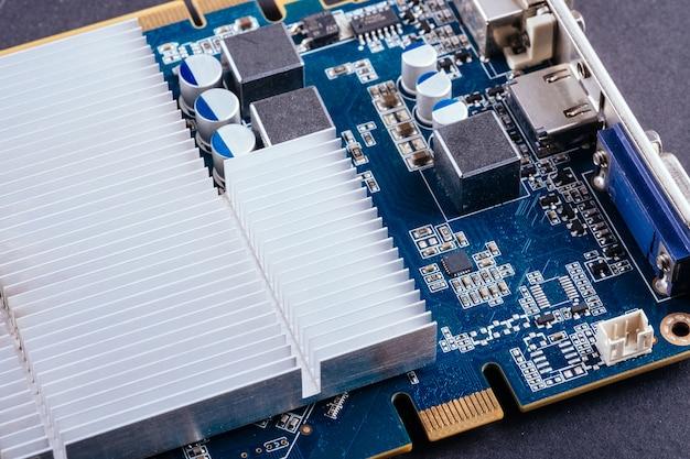 Placa de circuito chip de computador gpu placa de vídeo close-up