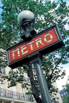 Placa de rua do metrô, paris, frança