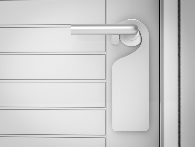 Placa em branco pendurada na maçaneta da porta