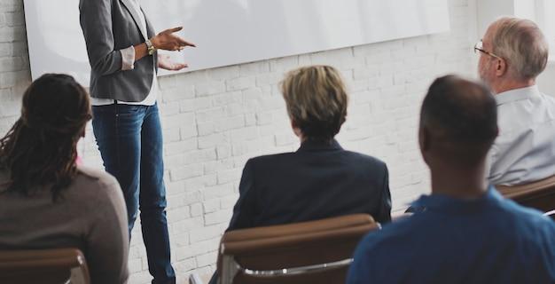 Planeamento do treinamento da conferência que aprende o conceito de treinamento do negócio