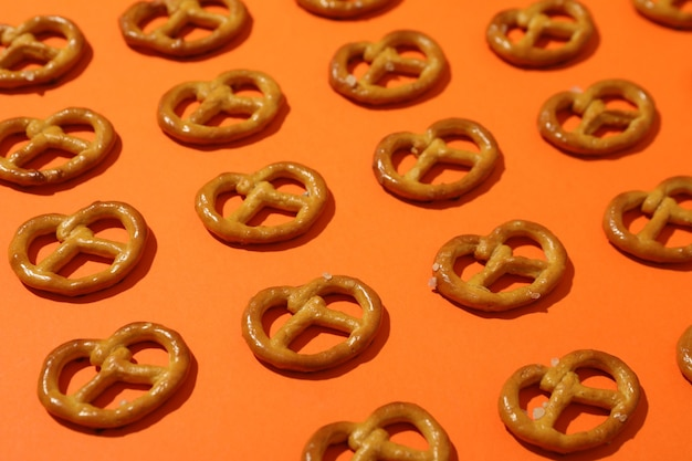 Plano com pretzels cracker