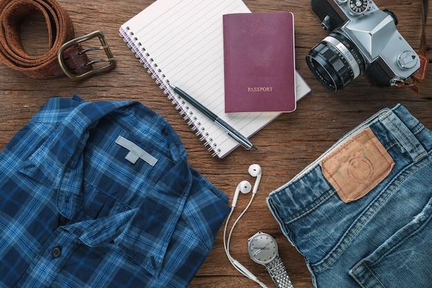 Plano de acessórios de viagem para o estilo de vida do viajante