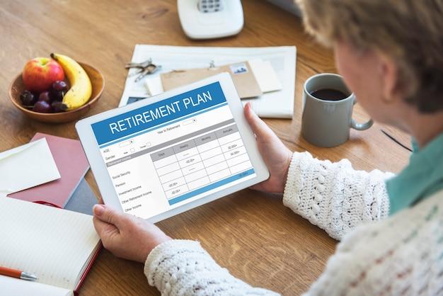 Plano de aposentadoria formulário conceito adulto sênior