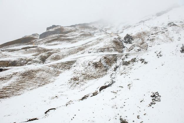 Plano de fundo da montanha de neve