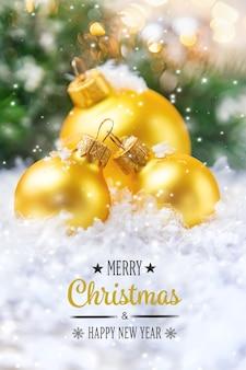 Plano de fundo de natal e bela decoração. ano novo. foco seletivo. feriado.