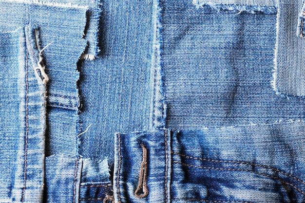 Plano de fundo feito de trapos de jeans velhos close-up