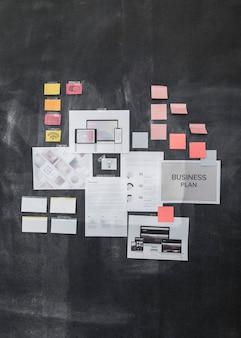 Plano de negócios em um quadro negro