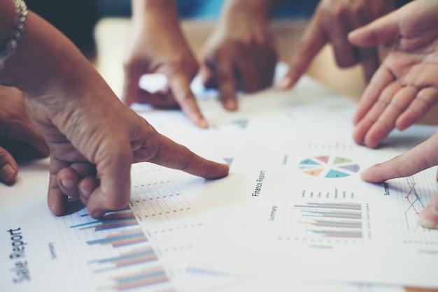 Plano de planejamento de dados de tabela masculina