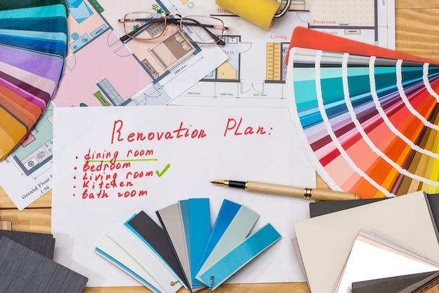 Plano de recondicionamento com amostradores de cores e plano de sala