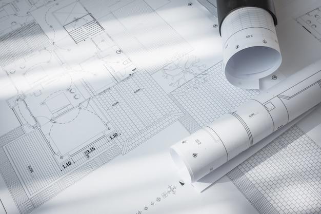 Planos de construção de projeto arquitetônico.