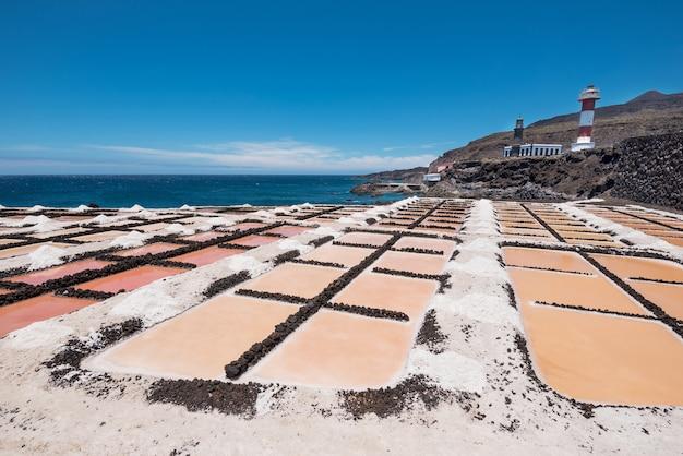 Planos de sal em fuencaliente, la palma, ilhas canárias, espanha.