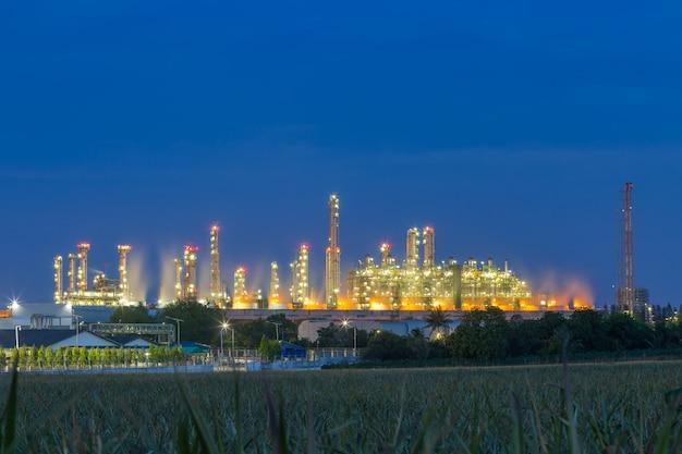 Planta de refinaria de petróleo petroquímico.