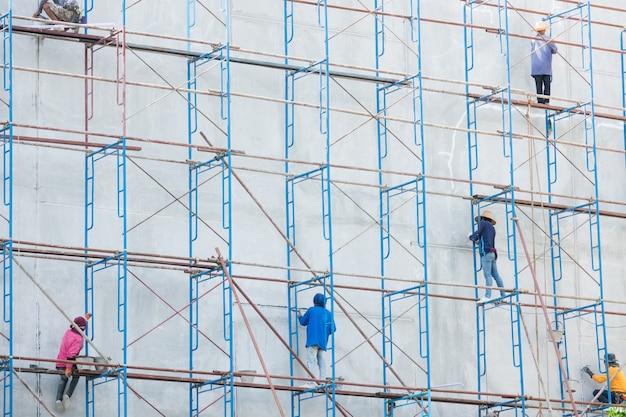 Plataforma para construção com mão de obra