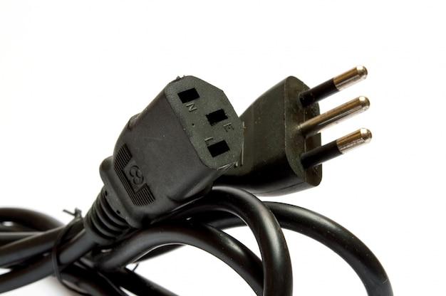 Plugue elétrico em branco