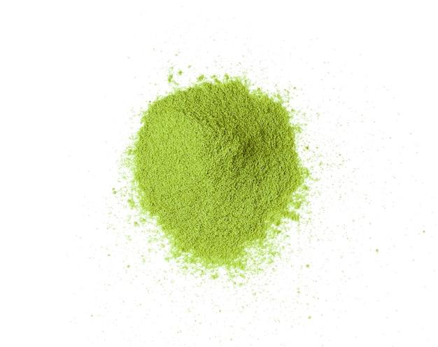 Pó de chá verde isolado