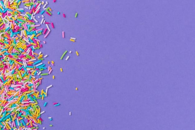 Polvilhe pontos de açúcar, decoração para bolo e padaria, como uma superfície