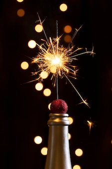 Ponta do frasco com luzes de fogo de artifício