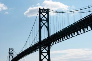 Ponte de aço de alta