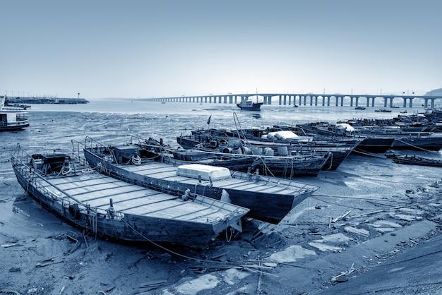 Ponte sobre o mar