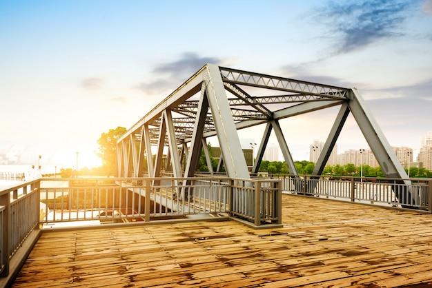 Ponte velha em xangai