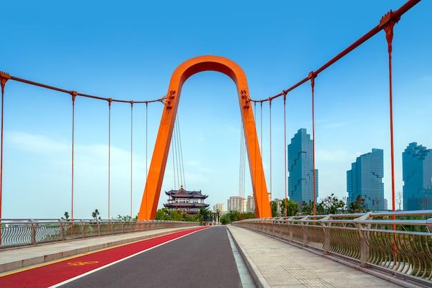 Pontes e rios modernos