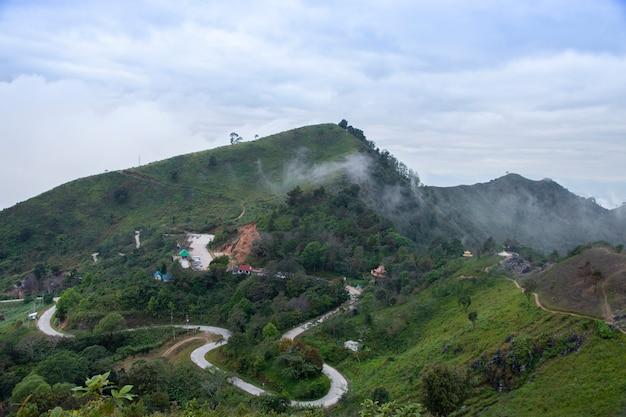 Ponto de vista de doi pha tang, chiang rai, tailândia.