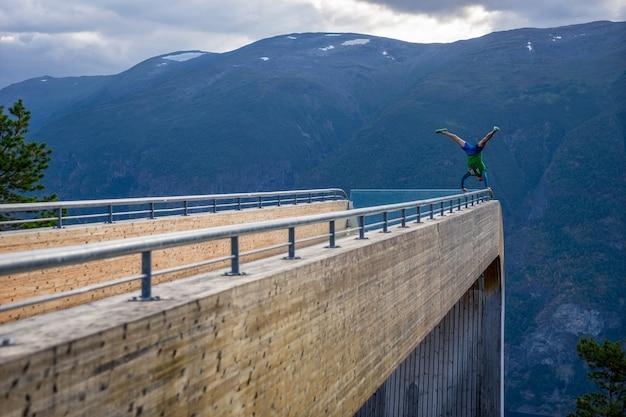 Ponto de vista de stegastein em aurlandsfjorden. aurlandsvegen, sogn og fjordane, noruega