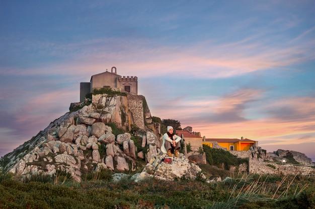 Ponto de vista mais alto da região de sintra, santuário da peninha, portugal.
