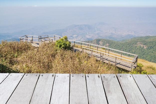 Ponto de vista nas montanhas