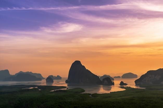 Ponto de vista panorâmico da paisagem de samet nangshe